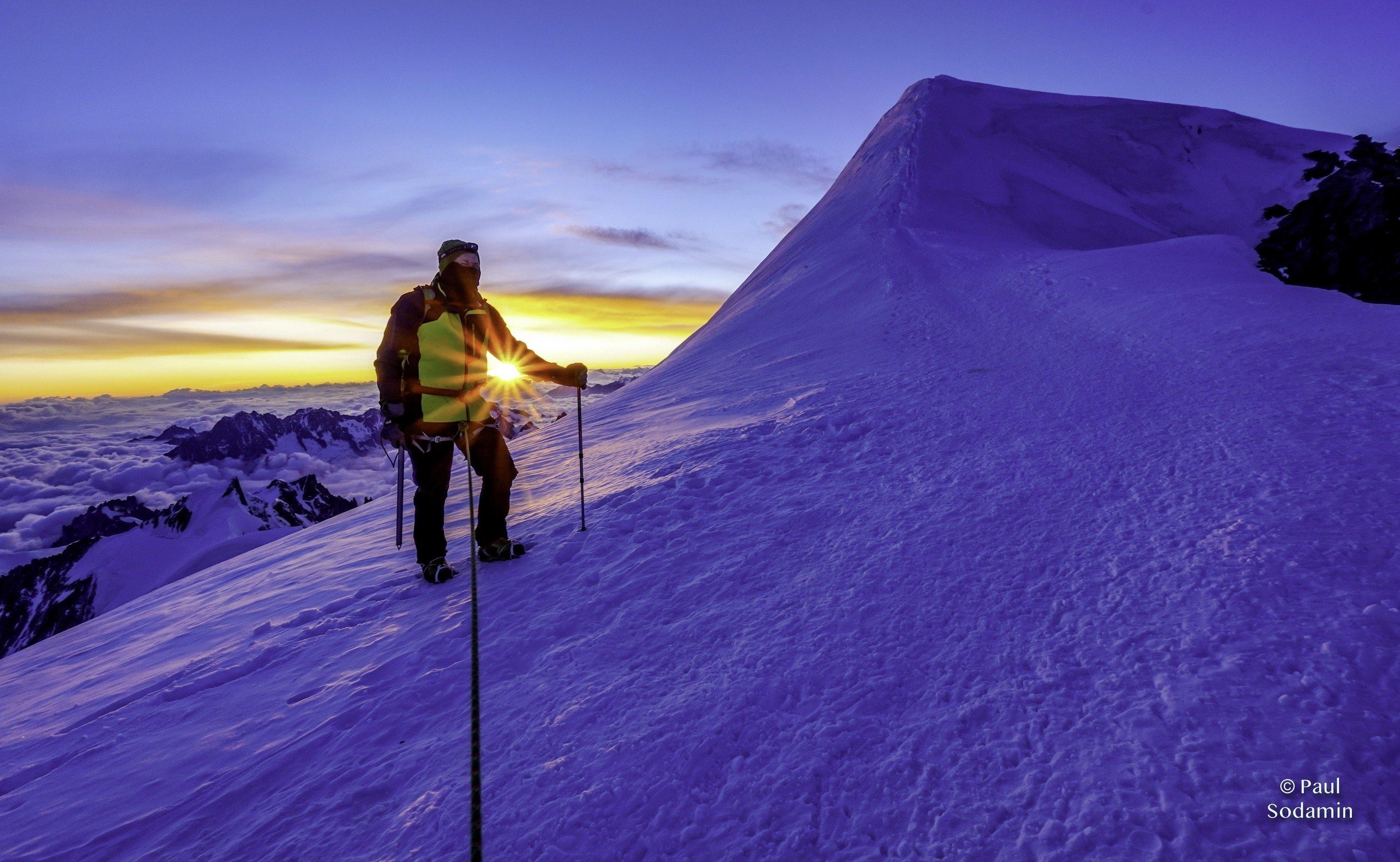 Mont Blanc 4810m bei Sonnenaufgang am Gipfel – Erlebnis PURE am 14.Juli 2020