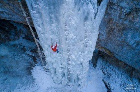 2021-01-27_Eisklettern AliceBreitenauWunderland (22 von 23)