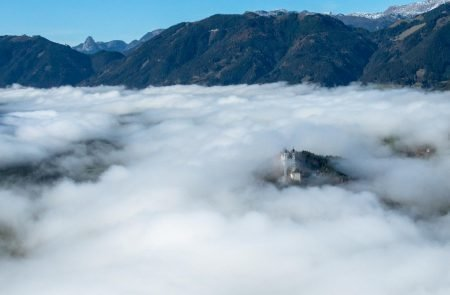 Flug über den Nebel11