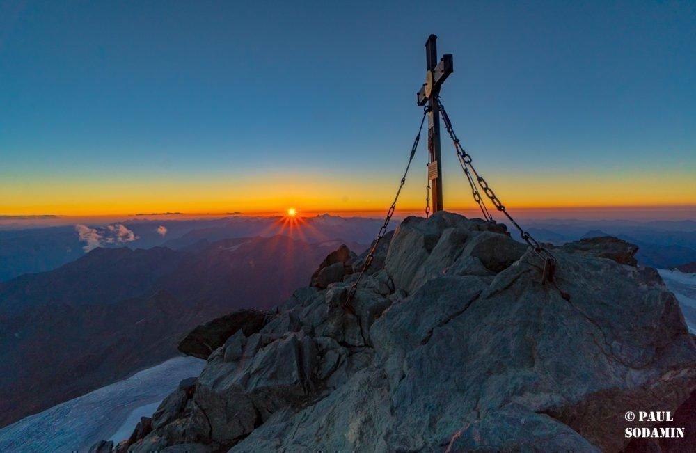 Großglockner bei Sonnenaufgang