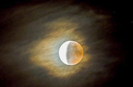 Mond (15)