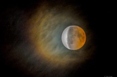 Mond (6)