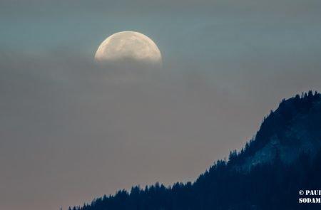 Mond 9
