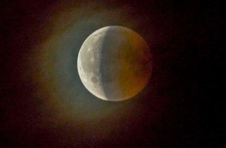 Mond (9)