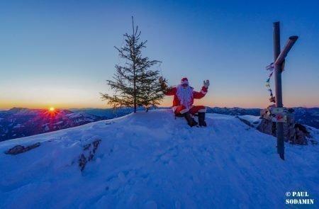 Sparafeld Weihnachtsmann in den Bergen unterwegs 11