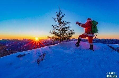 Sparafeld Weihnachtsmann in den Bergen unterwegs 22
