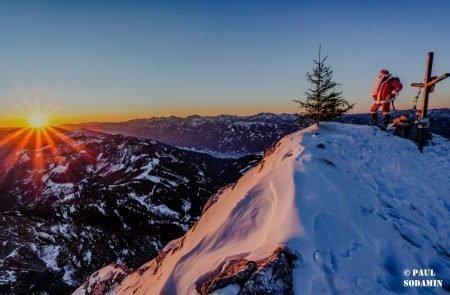 Sparafeld Weihnachtsmann in den Bergen unterwegs 33