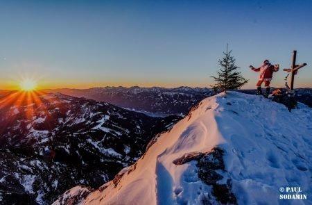 Sparafeld Weihnachtsmann in den Bergen unterwegs 35